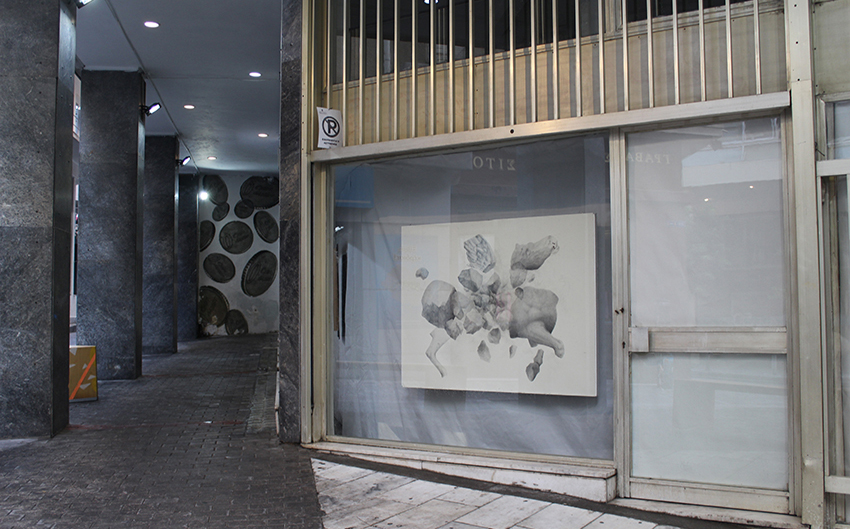 2 g dionisios pappas ARTIST IN THE WINDOW 850×529